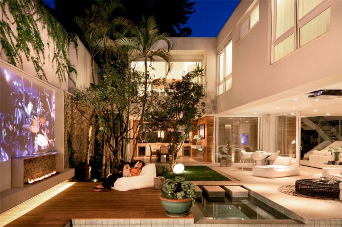 muros-modernos-area-lazer-quintal-casa-diferente-decor-salteado-1