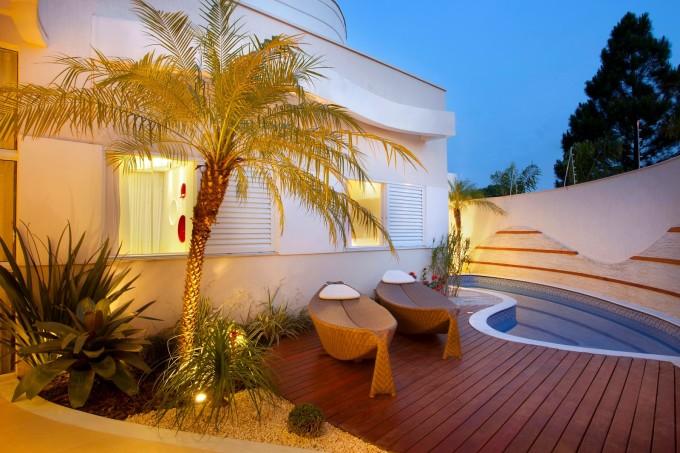 muros-modernos-area-lazer-quintal-casa-diferente-modelos-decor-salteado-3
