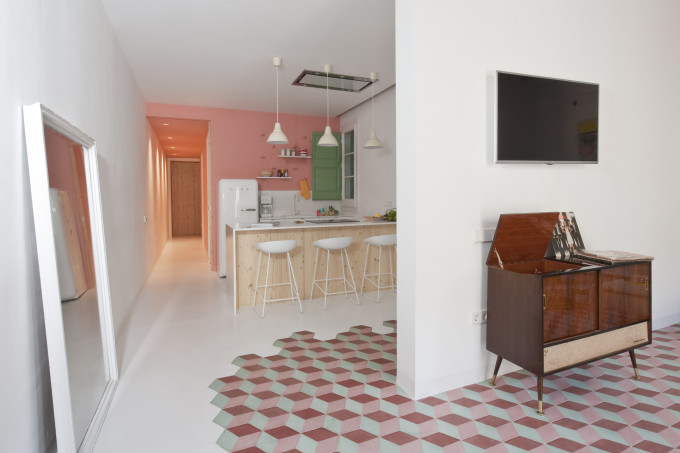 colorful-apartment-in-barcelona-3