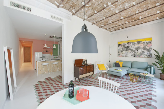 colorful-apartment-in-barcelona-4