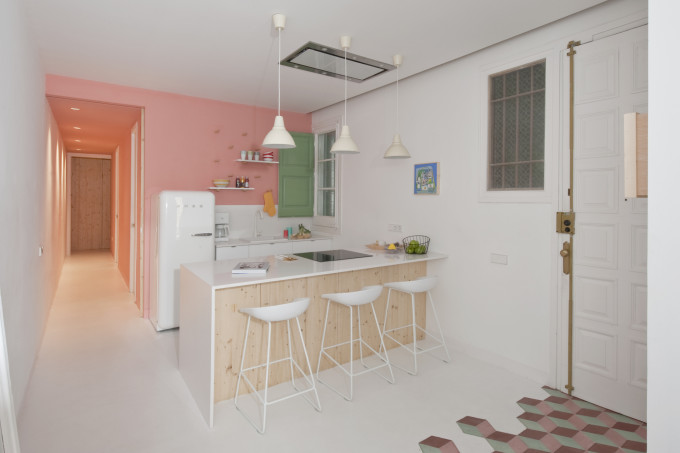 colorful-apartment-in-barcelona-6