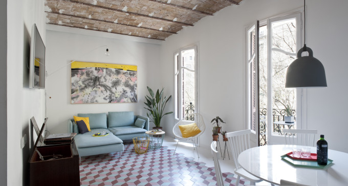 colorful-apartment-in-barcelona