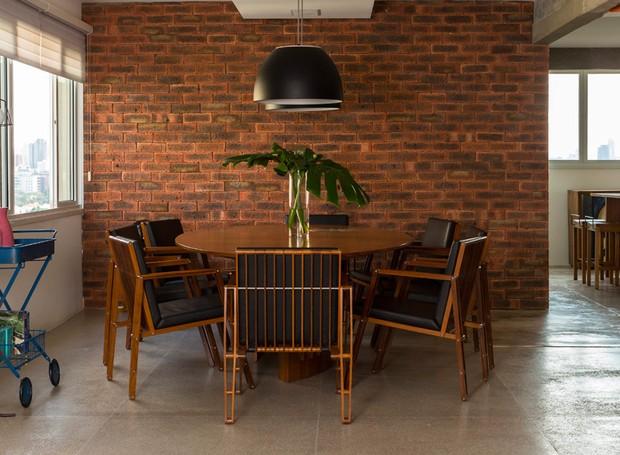 sala-de-jantar-tijolo-ingles-industrial-rustico-arquiteta-sara-oleiro-apartamento
